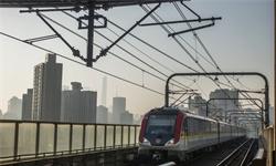"""因为这条地铁,它成了广深都在""""拉拢""""的城市"""