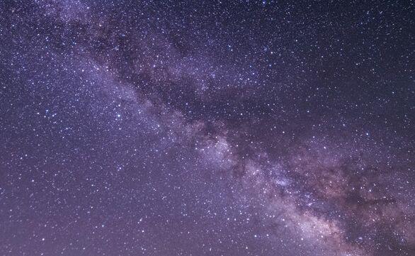 科技日历丨人类首次准确预测小行星撞击地球 2008 TC3在苏丹上空爆炸
