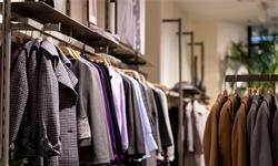 2019年H1中国服装行业市场分析:规模以上企业产销量持续下滑 网络零售额逐年增长