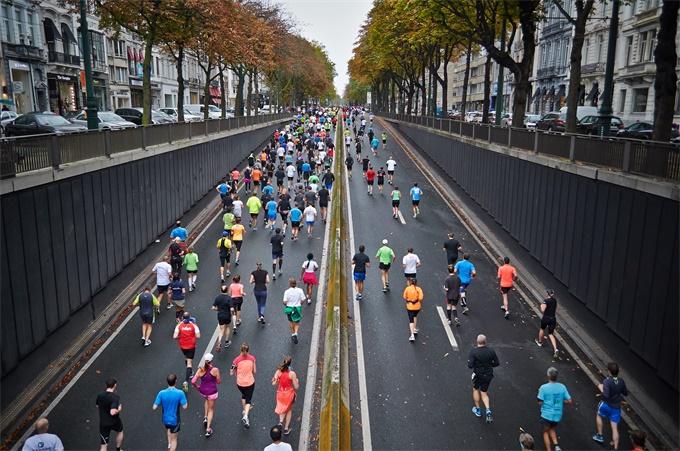 """东京高温引""""酷暑奥运""""忧虑 马拉松比赛被移至其它城市进行"""