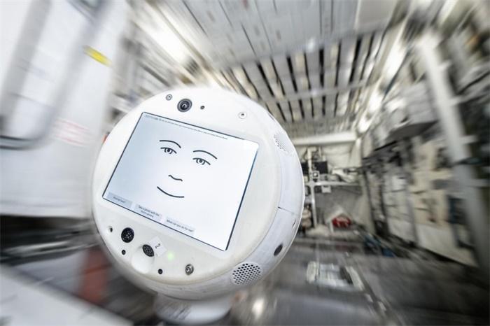新型人工智能机器人飞向国际空间站!它还能够听懂宇航员情绪!
