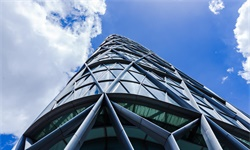 2019年H1中国建筑行业市场现状分析 产值规模突破10万亿、从业人员大幅增加