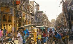 亚马逊落子印度:电动三轮、流媒体与社区商店,追加10亿投资印度却不买账?