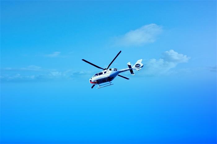北京时间:科比搭乘的直升机型号没有配备预警系统?调查员直指美国航空局失职