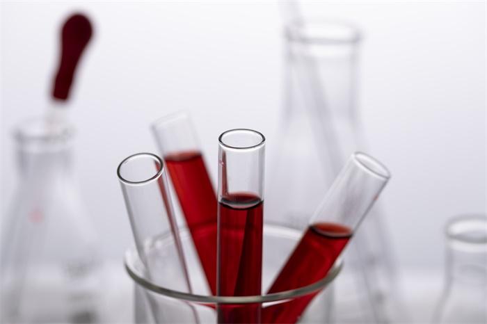 """美国拟对""""高危人群""""注射特免血浆预防COVID-19 这种方法对健康人管用吗?"""
