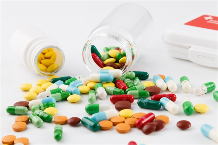 最新证据!连花清瘟胶囊防治新冠有功效 药理活性成分和机制详细披露