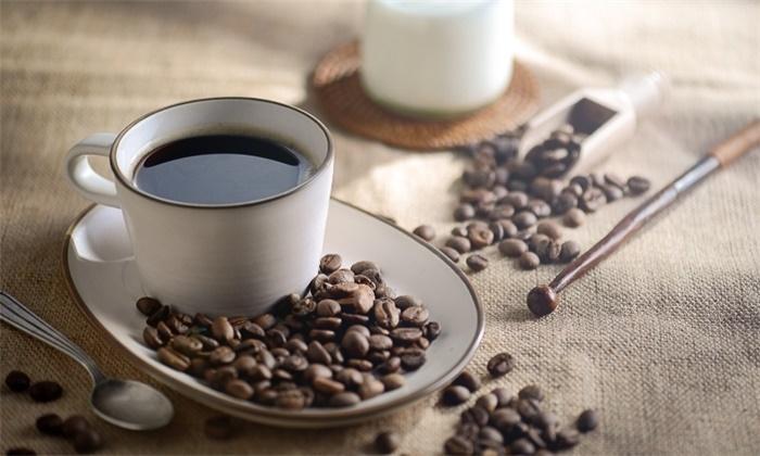 近50万人数据表明:喝咖啡能降低患肝病风险,速溶和现磨都有效
