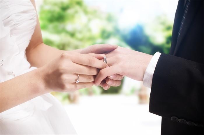你怎么看?上海拟建议设结婚冷静期,保障双方知情权