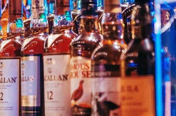 不喝酒也能醉!47岁比利时男子患上罕见自动酿酒综合征 靠粪便移植治好了