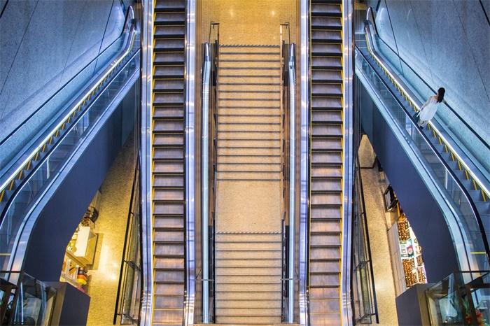亚洲第二长扶梯将停运3个月