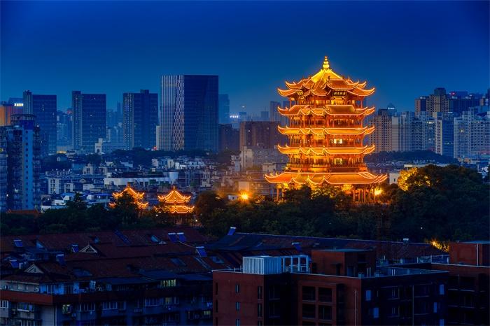 复苏!1985年以来黄鹤楼首次开放夜游 可登楼赏月或纵览长江灯光秀