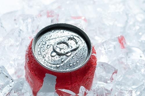 软饮最坚挺?可口可乐公司收入锐减28% 零度可乐销量微降4%