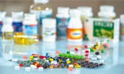 2020年中国医药电商行业市场现状及竞争格局分析 全年市场规模将近1900亿元