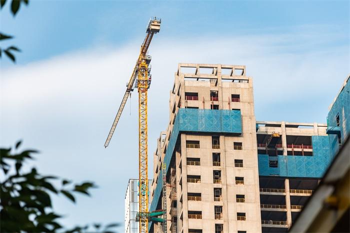 我年薪50万住地下室,5年买北京2套房:为什么你那么努力,却一直没钱?
