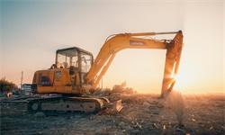 2020年中国挖掘机行业市场竞争格局及发展趋势分析 未来小型挖掘机将继续领跑市场