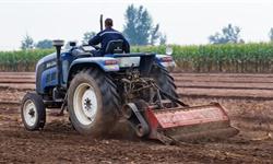2020年中国<em>拖拉机</em>行业市场现状及发展趋势分析 农机产业智能化发展加快