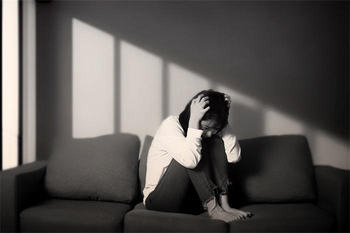 副作用小!笑气对治疗重度抑郁症有效,仅少量就可以持续改善症状两周
