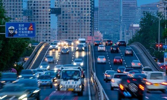 """小鹏汽车公开""""一种车辆充电口磨损检测方法及检测装置""""专利"""