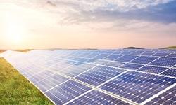2021年中国<em>太阳能电池</em>行业产量规模及进出口情况分析 2020年出口金额将近200亿美元