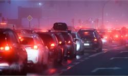 早晚高峰車太堵!收取道路擁堵費是個好辦法,還能減少人員傷亡