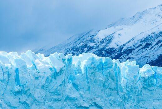 """汞浓度惊人!格陵兰岛冰川融化水变成一条条""""毒河""""流向全世界"""