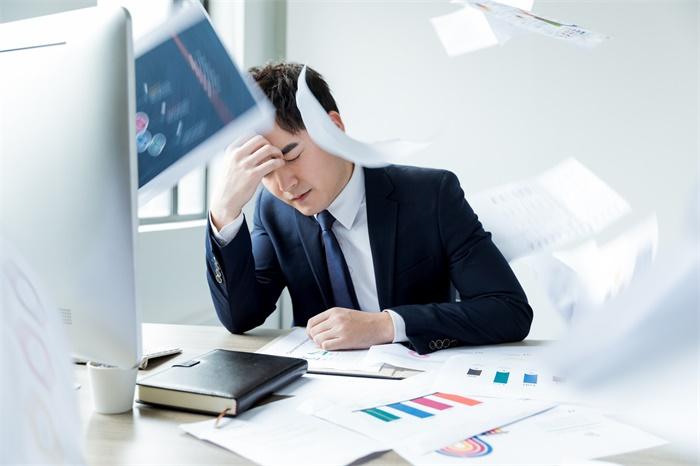 """有一种焦虑,叫""""工作太多我不想干了"""""""