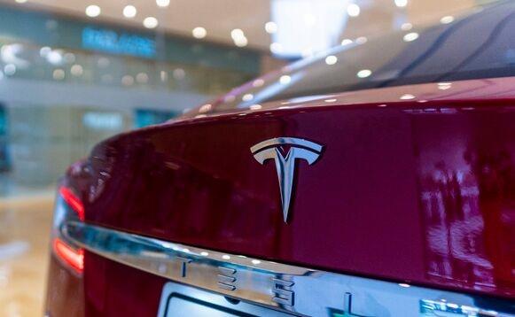 """特斯拉将召回少量进口Model 3车型:不涉及国产车型,也与""""刹车失灵""""无关"""