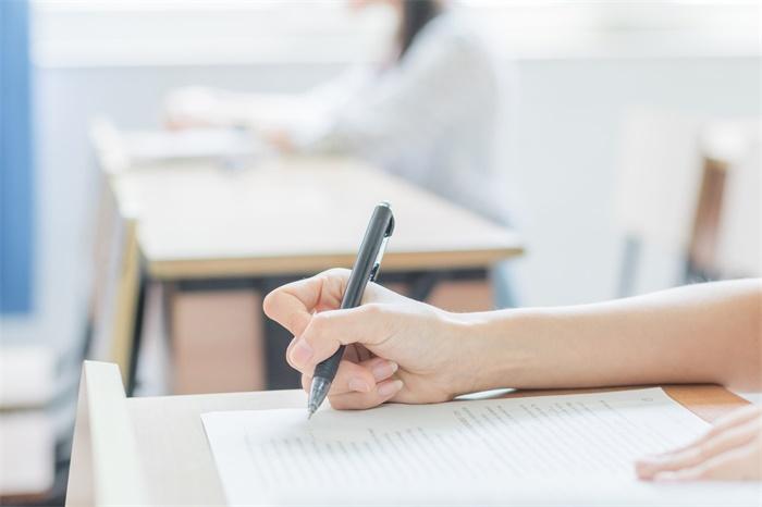 自信!北京一考生高考语文提前半小时交卷:很简单,没什么难点
