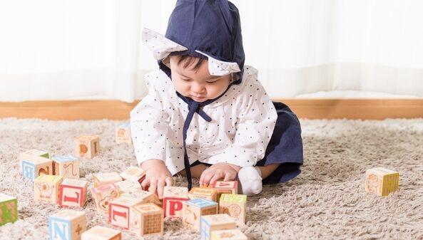 """新东方转型培训父母?在北京杭州等地推出""""优质父母智慧馆"""""""