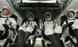 結束太空3日游!SpaceX全平民太空旅游團順利返回地球