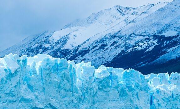 科学家采用独特隔热复合材料制出新型防冻服 完美储存环境和人体热量