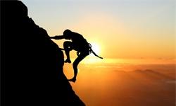 高手之路:努力是基本功,借势是破局点